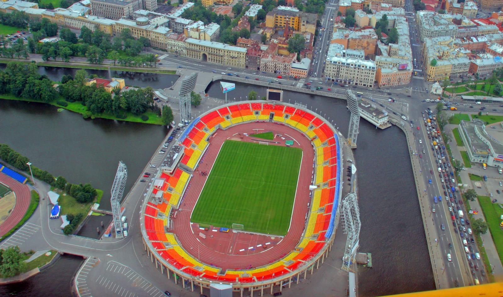 бандитов нагрянули стадион зенит питер петровский фото бюджет позволяет