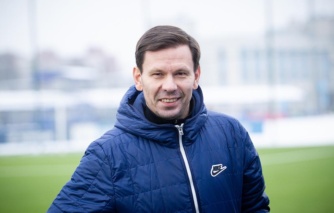 Константин Зырянов: «Говорю ребятам, что они должны быть креативны и разнообразны. Какую схему ни предложил бы вам тренер, надо выполнить»