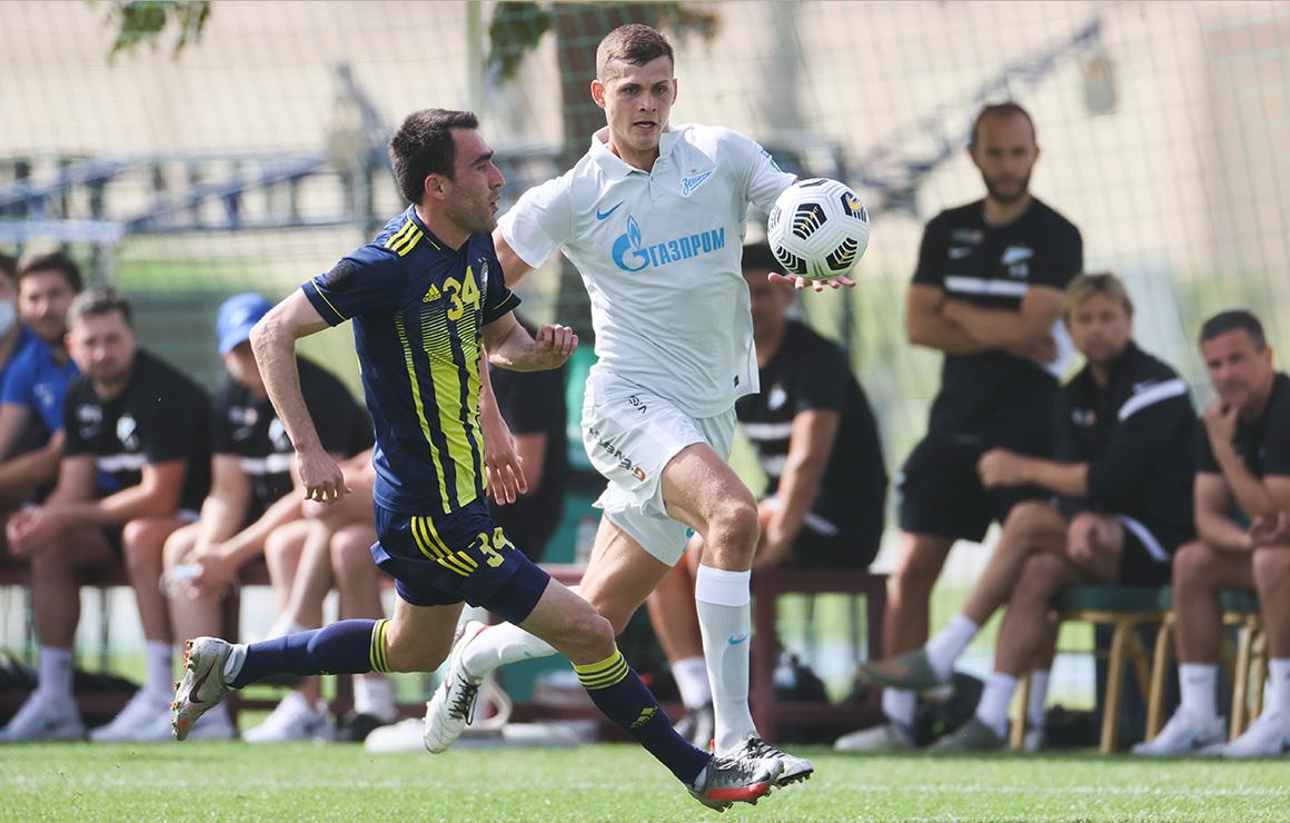 Станислав Крапухин: «Самое главное — набрать форму и посмотреть, как я выгляжу в основной команде»