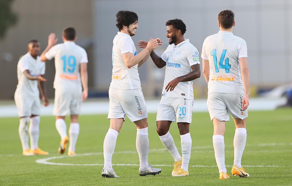 «Зенит» — «Шахтер»: голы Кузяева и Азмуна принесли победу во втором матче дня